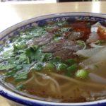 日本でも話題!少数民族が作る牛肉スープの蘭州ラーメンを食べてきました。